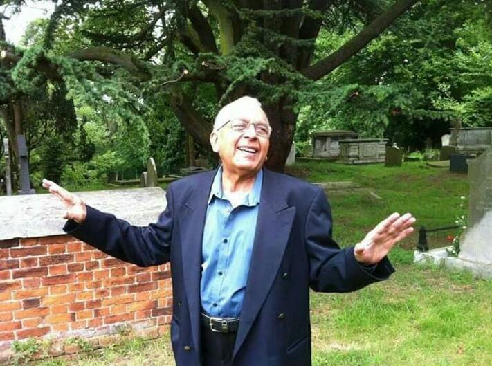 """ممتاز جدید شاعر """"ساقی فاروقی"""" کا آج لندن میں انتقال ہوگیا،  انا للہ و انا الیہ راجعون."""