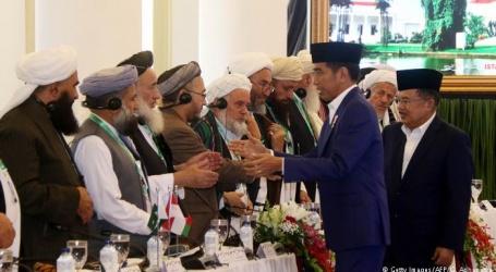 خودکش حملے اور پرتشدد انتہاءپسندی اسلامی اصولوں کے منافی۔طالبان کے خلاف تین اہم ملکوں کے 70 علماءکرام کا فتوی