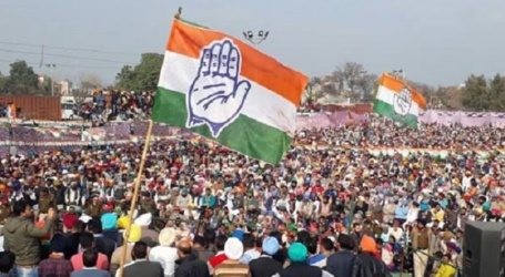 الیکشن کمیشن کے خلاف کانگریس نے اپنایا سخت رخ ۔ مودی کی تشہیر کیلئے کام کرنے کا الزام