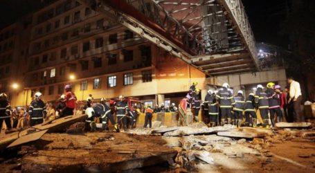ممبئی میں سی ایس ٹی کے نزدیک فٹ اوور برج منہدم، 5 افراد ہلاک، 36 زخمی