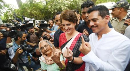 بی جے پی دوبارہ اقتدار میں نہیں آئے گی ۔ووٹ ڈالنے کے بعد پرینکا گاندھی کا بیان