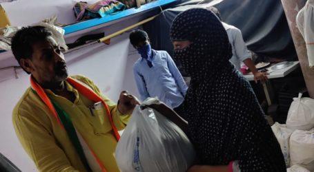 کانگریس لیڈر صابر مستان کی جانب سے ضرورت مندوں میں راشن کی تقسیم