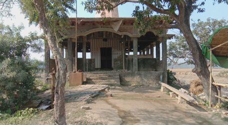 سیتامڑھی کے ایک گاؤں میں مسجد کی تعمیر پر اکثریتی طبقہ نے لگادی پابندی مندر میں ہوئی خفیہ میٹنگ، اقلیتی طبقے میں خوف کا ماحول