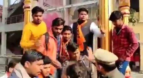 اے بی وی پی کارکنان کی شرانگیزی پر راہل گاندھی نے کہا 'لگے گی آگ تو …'