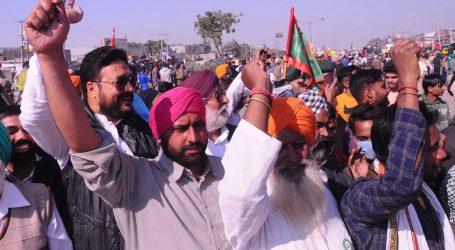 پنجاب میں کسانوں نے 1500 موبائل ٹاورس کو نشانہ بنایا، موبائل خدمات متاثر