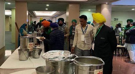 کسانوں نے مرکزی وزراء کے ساتھ کھانا کھانے سے کیا انکار!