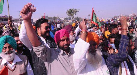 کسان تحریک: وزیر اعظم ایک کھلاڑی کی چوٹ پر کر رہے ٹوئٹ، لیکن کسان کی شہادت پر نہیں: کانگریس