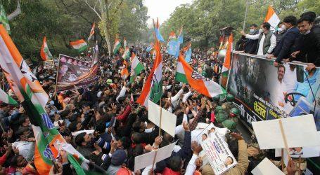 دہلی: زرعی قوانین کے خلاف راہل – پرینکا نے دکھایا دَم
