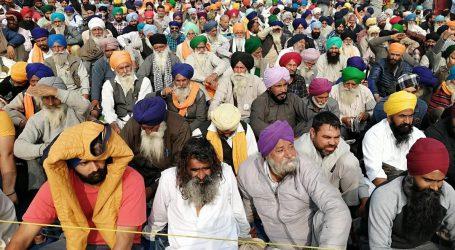 کسان تحریک: سنگھو بارڈر پر احتجاج کے 'مخالفین' اور کسانوں میں جھڑپ، پتھر بازی کی اطلاعات