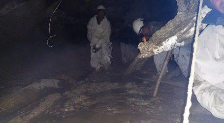 اتراکھنڈ میں تباہ شدہ سرنگ کو کھولنے کا کام شروع، اب تک 8 لاشیں برآمد، 170 افراد کے لاپتہ ہونے کی خبر