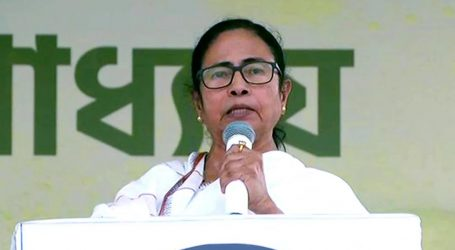 ممتا بنرجی نے بی جے پی کو 'دنگا باز' اور 'دھندہ باز' قرار دیا!
