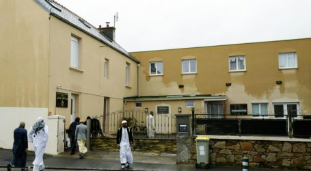 فرانس میں مسلم انتہا پسندی کے خلاف قانون کی پارلیمانی منظوری