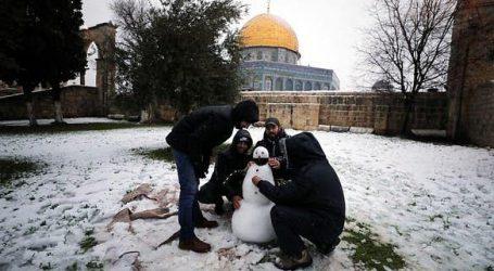 مقبوضہ یروشلیم میں برف باری، مقدس مقامات نے اوڑھ لی سفید چادر