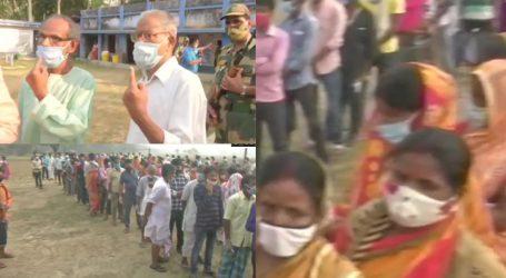 بنگال اور آسام میں دوسرے مرحلہ کے لئے ووٹنگ جاری، نندی گرام میں لمبی قطاریں