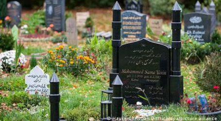 کوشش رنگ لائی، جرمنی میں مسلمانوں کو تابوت کے بغیر تدفین کی اجازت ملی