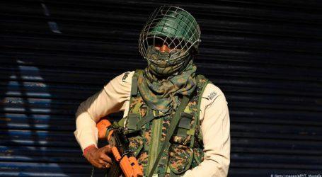 کشمیر: فوج کی تلاشی پر اعتراض کرنے والی پولیس اہلکار جیل میں