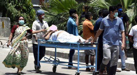 ہندوستان میں یومیہ اموات کا عالمی ریکارڈ قائم، 24 گھنٹوں میں 4529 افراد فوت