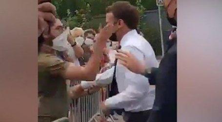 نوجوان نے سرعام فرانسیسی صدر کو تھپڑ جڑ دیا