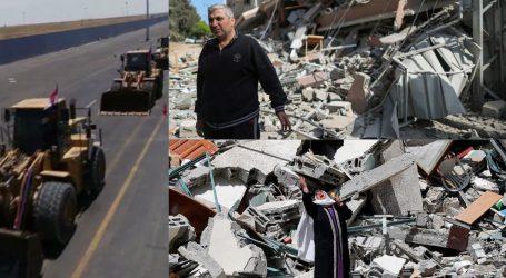 غزہ میں جنگ سے تباہ شدہ عمارتوں کا ملبہ صاف کرنے کے لیے مشینری غزہ داخل