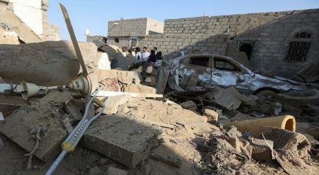یمن: حوثی ملیشیا کا میزائل سے حملہ، پانچ سالہ بچّی سمیت 17 افراد ہلاک
