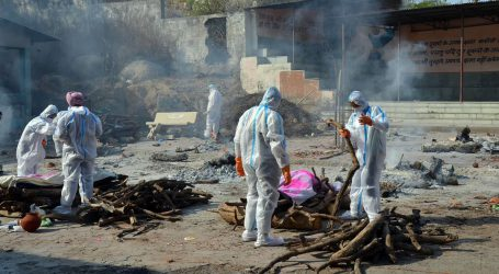 ہندوستان میں کورونا سے ہلاک لاکھوں افراد کی گنتی ہی نہیں ہوئی، رپورٹ میں انکشاف