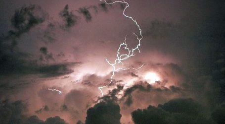 اتر پردیش، مدھیہ پردیش اور راجستھان میں آسمانی بجلی گرنے سے 68 لوگوں کی موت