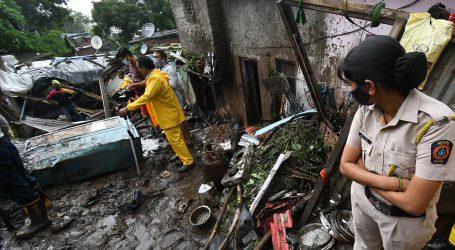 ممبئی میں مسلسل ہورہی بارش کے دوران اندوہناک حادثہ، عمارت منہدم ہونے سے 7 افراد لقمۂ اجل