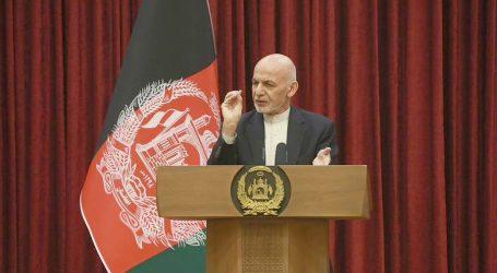 افغان فورسز کی پسپائی کا ذمہ دار اشرف غنی، افغانستان کو ذاتی جاگیر کی طرح چلایا: سابق افغان سفیر