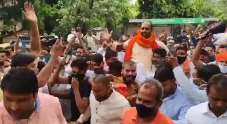 اشتعال انگیز نعرہ بازی کے ملزم ہندو رکشا دل کے سربراہ پنکی چودھری نے کی خودسپردگی